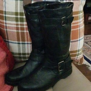 """Gentle Souls """"Buckled Up"""" Boots Size 9.5"""